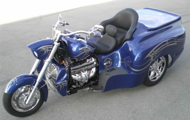 Boss Hog Motorcycle Trikes : Boss hoss motorcycles by mountain cycles